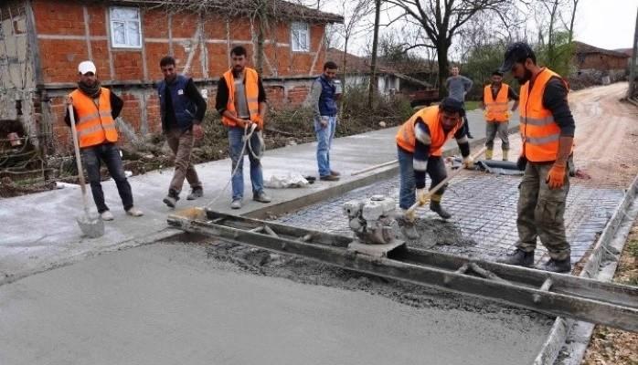 Köy Yolları Beton ile Kaplanıyor